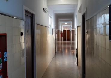 PH 3 ambientes , zona Boedo , 1er piso POR ESCALERA